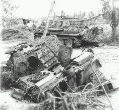 Two Panzerkampfwagen V Ausf.G Panthers belonging to I./Pz.Rgt.26, Sesto Imolese, just over the Sillaro River, 16 April, 1945.