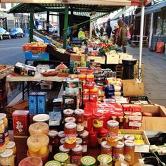 Groceries and fruit & veg in Golborne Road. Pop by for a mooch & tell your favourite trader we sent you