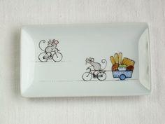souris vélo et gâteaux anneau porte savon plat côté par madrab