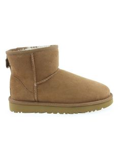 Classic Mini, Ugg Boots, Uggs, Shoes, Fashion, Moda, Zapatos, Shoes Outlet, Fashion Styles