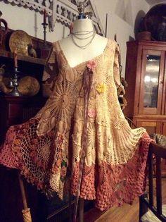 Luv Lucy Plus Size Crochet Dress Lucy's Summer por LuvLucyArtToWear Crochet Dresses, Crochet Clothes, White Lace Skirt, Estilo Hippie, Altered Couture, Lace Outfit, Clothing Sites, Boho Fashion, Fashion Design