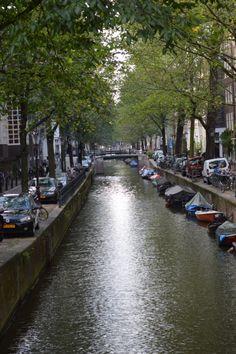 Amsterdam-canal way