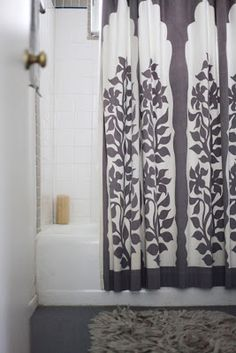 love this shower curtain