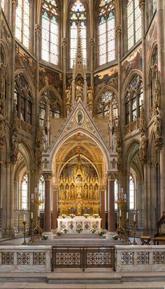 Cathedral Architecture, Baroque Architecture, Beautiful Architecture, Places In Europe, Places To Visit, Church Interior, Church Design, Cathedral Church, Church Building