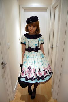 Angelic Pretty - Fantasic Dolly OP. I always want to spell this dress' name correctly, HOW DID NO ONE CATCH THAT MISSPELLING? Lol. This dress is still one of my absolutely favorite prints... herajika rocking it!