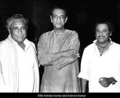 site: http://iamhijibijbij.blogspot.com/ Three  legends: Ashok Kumar, Kishore Kumar & SR