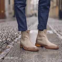 #scarpeconrialzo #scarpeuomo #scarperialzanti #fallwintercollection #newcollection #springsummercollection #handcrafted #madeinitaly #madetomeasure #handmadeshoes #collezioneprimaveraestate #stivaliconrialzo #aumentostatura #guidomaggi #scarpeguidomaggi #madeinitaly #springcollection #luxury #lusso #chelsea #chelseaboots Elevator, Spring Collection, Designer Shoes, Chelsea Boots, Your Style, Luxury, Women, Fashion, Moda