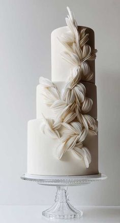 These Wedding Cakes are Literally Perfection - crinedcruise. Textured Wedding Cakes, Pretty Wedding Cakes, Wedding Cakes With Cupcakes, Elegant Wedding Cakes, Wedding Cake Designs, Pretty Cakes, Rustic Wedding, Wedding Cake White, Amazing Wedding Cakes