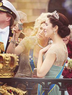Even Princesses take self-portraits: Princess Maxima and Princess Mary