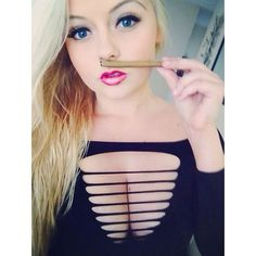 #photooftheday #girl #ganja #ganjagirl #weedgirl