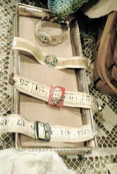Room 363: Burlap and grasshopper show! cute diy idea for bookmarks, bracelets or headband with cloth measure tape.