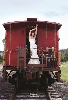 Romantic-Lace-Wedding-Dresses-Spring-2012-1.jpg 460×680 pixels
