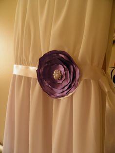 Pasek do mojej sukienki ślubnej, wykonany własnoręcznie.