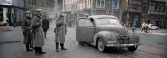 Anne Frank, het dagboek en het achterhuis. De meest complete en actuele informatie met unieke historische foto's en filmbeelden.