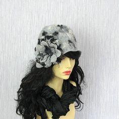 Felted Cloche Hat Women Hat Flapper Hat Retro by AlbadoFashion