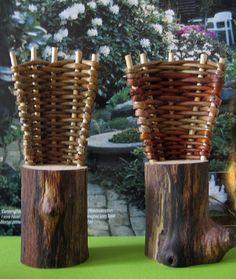 pileflet stol på træstamme