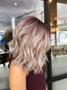 Rooty blonde | purple root | pink root | purple into blonde | A-line bob | Lob haircut | elizabethashleyy #BlondeHairstylesShort