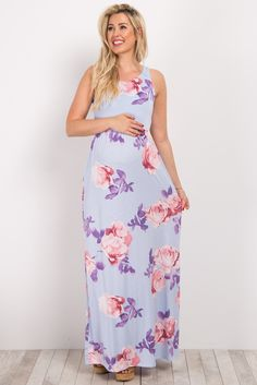 This gorgeous rose floral maternity maxi will be your new staple this season! This versatile dress is perfect for all occasions this year with its stunning print and pretty design. Style this dress with your favorite wedges and a statement necklace for a totally chic ensemble.
