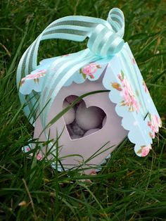 {Easter} Paper Bird Houses or adorable mini-eggs Boxes ! | That Cute Little Cake free  template
