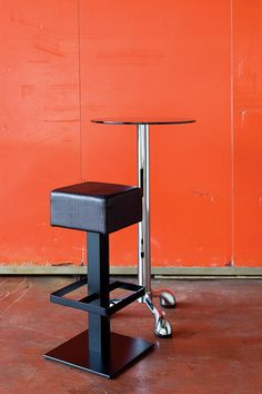 Spritz - Iron stool - Contract design by Vela Arredamenti. #interior #design #industrial