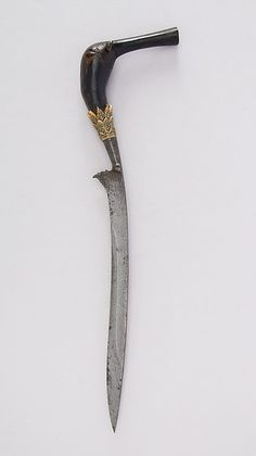 Knife (Bade-bade). Date: 16th–19th century. Geography: Aceh, Sumatra. Culture: Sumatran, Acheen. Medium: Horn, gold.