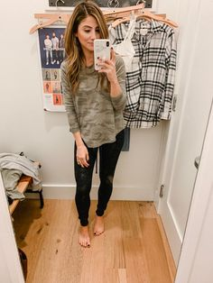 October American Eagle Try-On - Lauren McBride Casual College Outfits, Business Casual Outfits, Casual Fall Outfits, Outfits For Teens, Winter Outfits, Ripped Jeans Outfit, Boho Fashion Summer, Women's Fashion, American Eagle Outfits