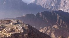 Anantara Jabal Akhdar Is the Pinnacle of Modern Luxury in Oman - Design Milk Sultanate Of Oman, Institute Of Contemporary Art, Photography Tours, Geodesic Dome, Green Mountain, Modern Luxury, Hiking Trails, Hotels And Resorts, Architecture