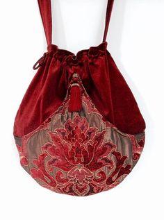 Brick Red Velvet Pocket Boho Bag Drawstring Bag by piperscrossing Vintage Purses, Vintage Bags, Drawstring Bag Pattern, Potli Bags, Boho Bags, Handmade Purses, Fabric Bags, Boho Gypsy, Purses And Handbags