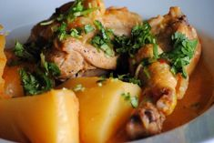 This sudado de pollo, or chicken stew, is loaded with flavor. Even though I& not a fan of stews, it leaves me wanting seconds or even thirds! Best Chicken Stew, Stew Chicken Recipe, Chicken Recipes, Turkey Recipes, Colombian Food, Colombian Recipes, Colombian Dishes, Pollo Guisado, Mexican Food Recipes