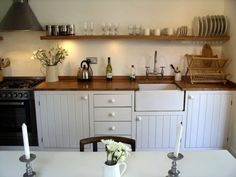 http://www.wfaconvention.com/wp-content/uploads/2015/12/modern-rustic-kitchen-cabinets-together-with-kitchen-ideas-with-dark-cabinets-as-well-as-simple-country-kitchen-ideas--1024x768.jpg