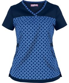 K253HNC Spa Uniform, Scrubs Uniform, Stylish Scrubs, Scrubs Outfit, Koi Scrubs, Estilo Hippy, Uniform Design, Diy Couture, Medical Scrubs
