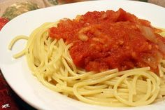 Spaghetti with Apple Tomato Sauce