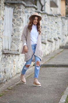 Fashion Blog Romania - Cluj-Napoca. Un strop de stil, moda si culoare. Pareri, sfaturi, imbracaminte si numai. Fashion Blogger Sandra Bendre.