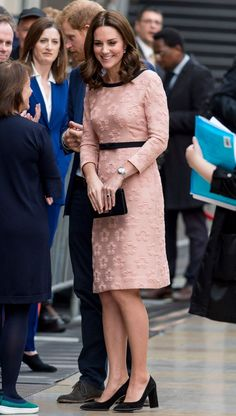 The Duchess of Cambridge dresses for spring in chic white coat Kate is sticking to the classics during her third pregnancy Kate Middleton Outfits, Kate Middleton Stil, Kate Middleton Prince William, Estilo Real, Trendy Dresses, Nice Dresses, Moda Fashion, Womens Fashion, Princesa Kate Middleton