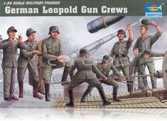 "280mm K5(E) ""Leopold"" German Railroad Gun Crew im Maßsatb 1:35 (http://www.cyram-entertainment.de/shop/products/Modellbau/Militaer/Figuren/2-Weltkrieg/280mm-K5-E-Leopold-German-Railroad-Gun-Crew.html)"