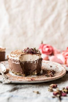 Vegan Chocolate Custard Cake…because it's FRIDAY! And as you guys know, all Friday's need chocolate. It's pretty much just a fact. Another fact? By the time the Friday post rolls around, my brain is c
