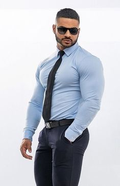 For the lovers of muscles and fur. Mens Fashion Suits, Mens Suits, Black Muscle Men, Costume Sexy, Hunks Men, Beefy Men, Handsome Black Men, Smart Outfit, Hommes Sexy
