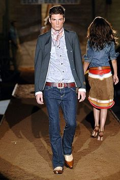 See the complete Dsquared2 Spring 2006 Menswear collection.