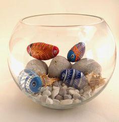 pecera hecha con piedras pintadas #decoracion #reciclaje #upcycle #stones