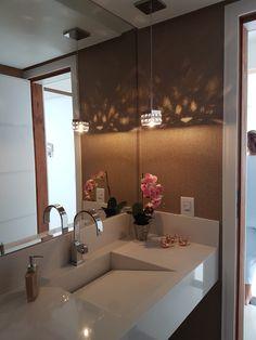 I know it's a hotel but I like it Washbasin Design, Wardrobe Design Bedroom, Bathroom Interior, Bathroom Ideas, Fall Home Decor, House Rooms, Kitchen Decor, Decoration, Sweet Home