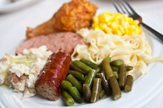 Google Image Result for http://www.padutchcountry.com/Uploads/images/PADutchDiningIndex.jpg  Them's some good eats!  Henny Penny chicken, sweet corn, buttered egg noodles, string beans, smoked sausage, potato salad, and ham loaf.