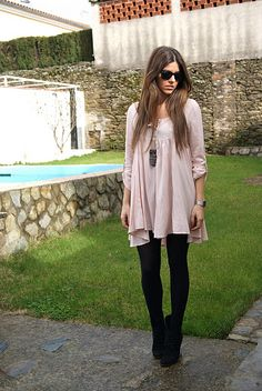Love this simple, girly style.