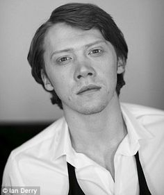 Rupert Grint - by Ian Derry. I love Rupert in this photoshoot. It shows that he is matured and more than just a sidekick. Draco Harry Potter, Ron And Hermione, Harry Potter Actors, Rupert Grint, Celebrity Crush, Celebrities, Hogwarts, Ron Ron, Beautiful Guys