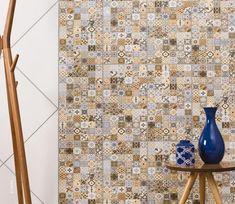Com inspiração artesanal, os revestimentos que simulam ladrilho hidráulico conquistaram espaço nas casas nos últimos anos. E não é para menos, além de dar vida a qualquer superfície, eles possuem uma manutenção muito fácil. Ref. HD-35490 | 32,5x56,5 cm | Brilhante #grupofragnani #incefra #ceramica #estampa #inspiração #decor #decoração #ladrilhohidraulico #patchwork