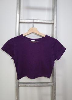 A vendre sur #vintedfrance ! http://www.vinted.fr/mode-femmes/crop-tops/15806584-croptop-calvin-klein-violet-taille-s
