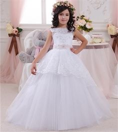 Cheap dress for girl Buy Quality communion dresses directly from China first communion dresses Suppliers: Sweet White Ivory Lace First Communion Dresses For Girls 2016 Ball Gowns Flower Girl Dresses For Weddings Girls Pageant Dresses Pretty Flower Girl Dresses, Wedding Flower Girl Dresses, Lace Flower Girls, Wedding Party Dresses, Flower Dresses, Dress Party, White Ball Gowns, Lace Ball Gowns, Tulle Ball Gown
