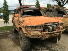 80 Series Land Cruiser that looks like it's been to hell and back.