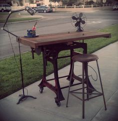 VINTAGE INDUSTRIAL MACHINE AGE RE PURPOSED UPCYCLED DESK OR KITCHEN TABLE