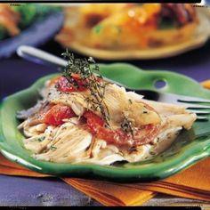 Ailes de raie à la sauce aux anchois, tomates confites