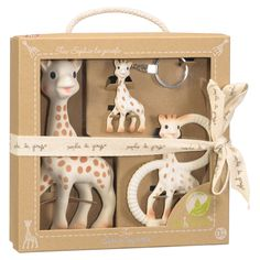 Buy the Sophie La Girafe So Pure Trio at JustKidding baby shop online. This adorable Sophie La Girafe giftbox is perfect for a baby shower or newborn present. Sophie Giraffe Teether, Teething Toys, Giraffe Baby, Giraffe Ring, Baby Gift Sets, New Baby Gifts, Baby Presents, New Baby Products, Sons